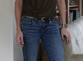 OOTD Olive Tshirt with jeans